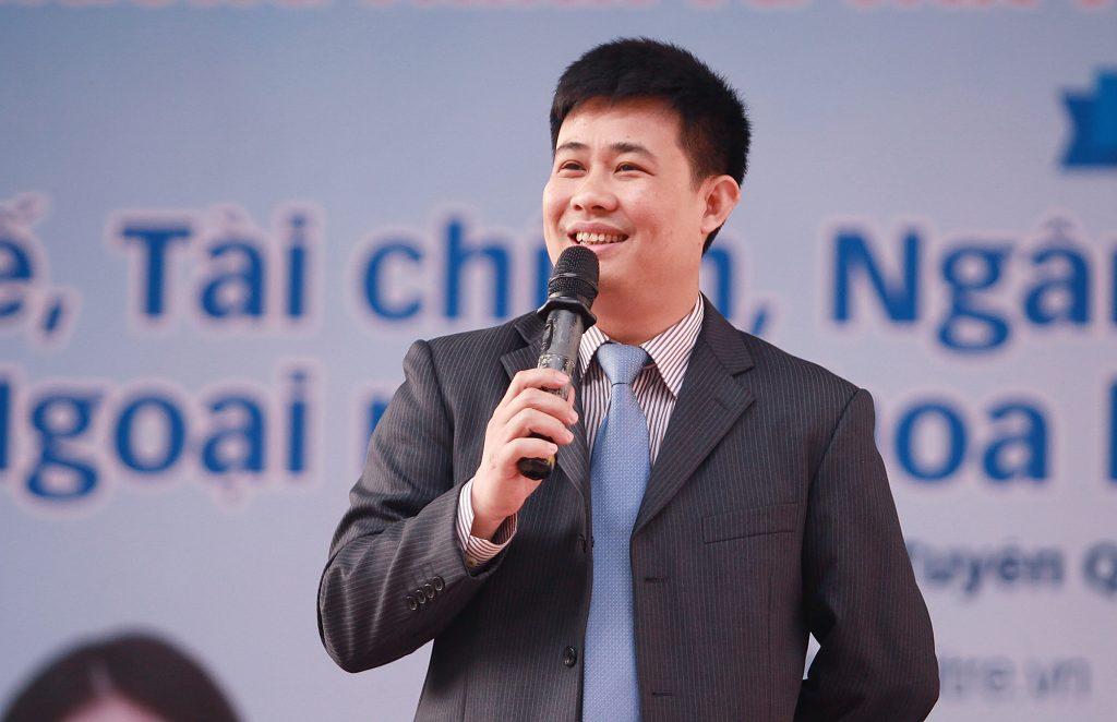 TS Sái Công Hồng - Phó vụ trưởng Vụ Giáo dục Trung học, Bộ GD&ĐT